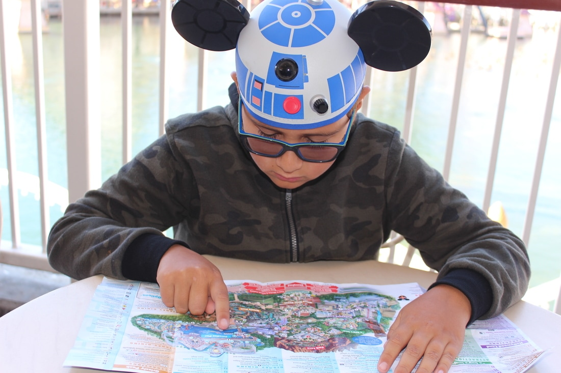 Homeschooling_at_disneyland